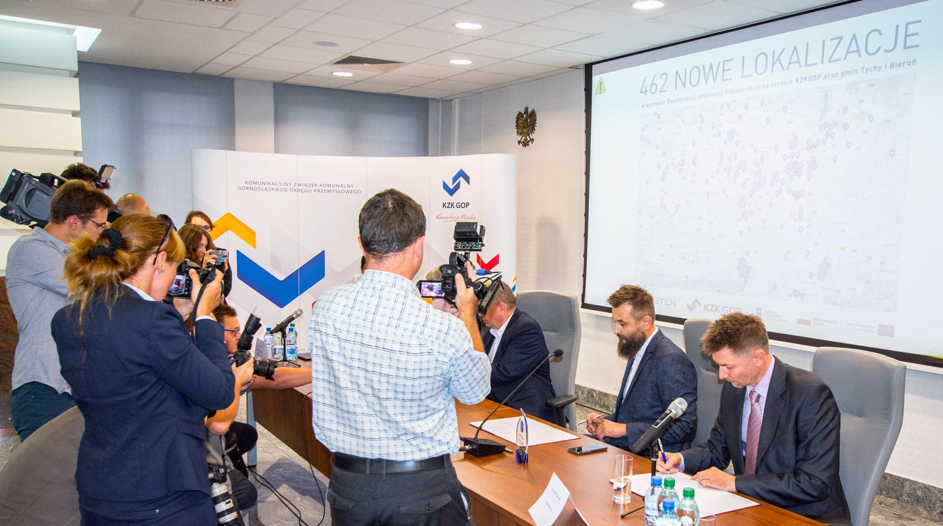 Dysten zbuduje rozszerzenie systemu ITS na terenie województwa śląskiego - powstaną 462 nowe instalacje systemu dynamicznej informacji pasażerskiej